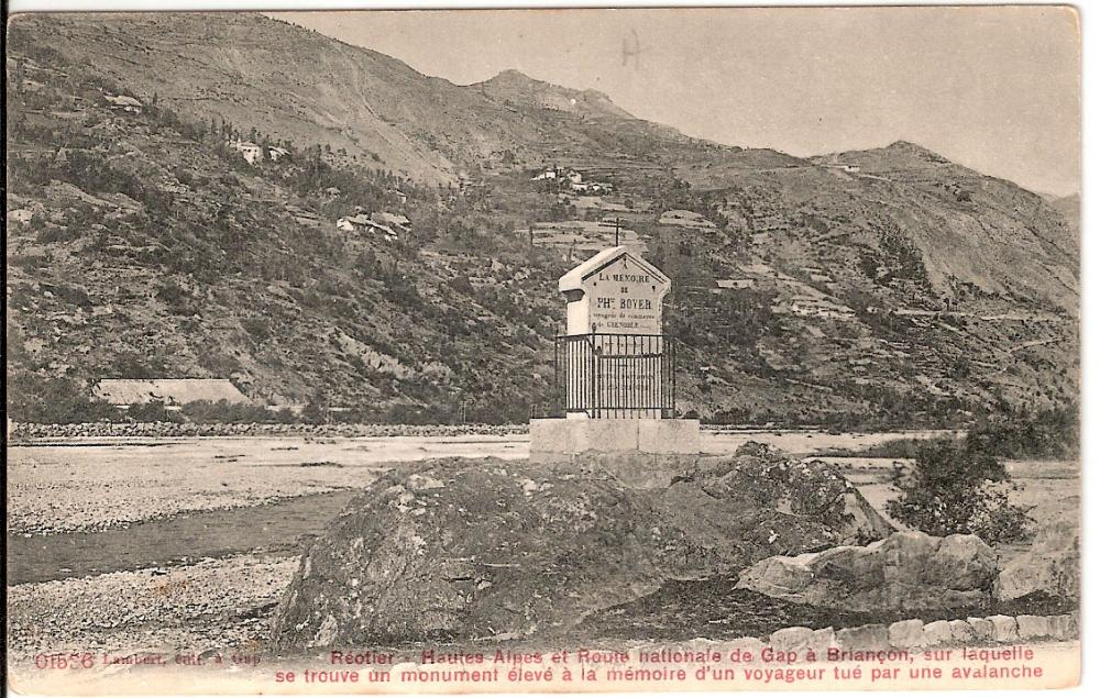 Photo d'archives montrant l'état de déboisement au début du XXème siècle et l'impact très faible de l'habitat.