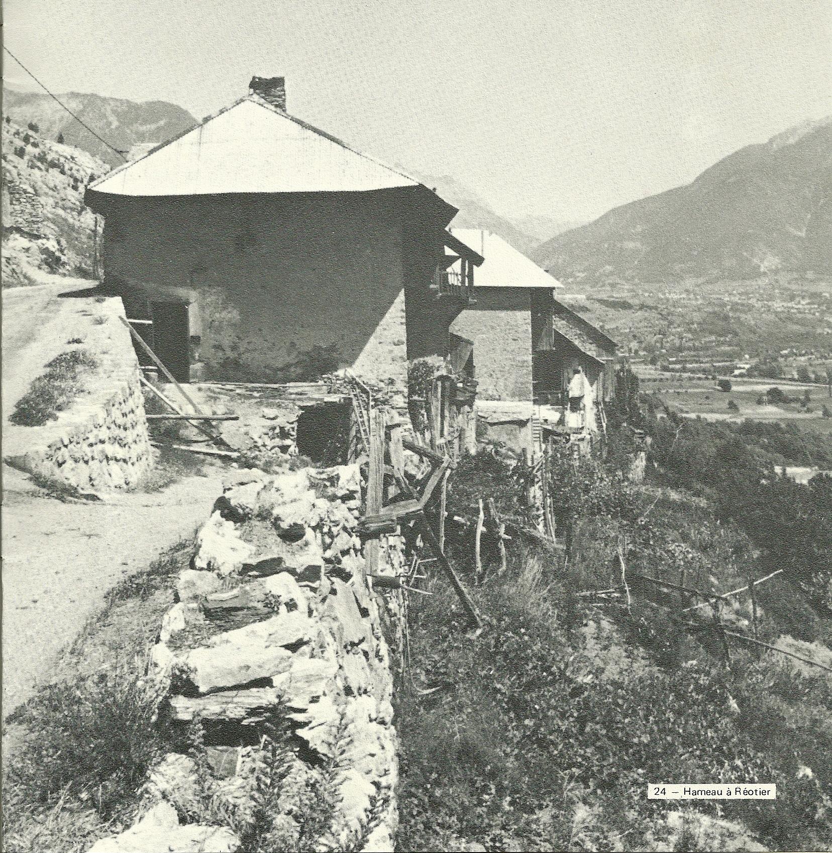 Les Moulinets Bas à l'époque pastorale de Germaine Domény (ph. brochure HA 1977)