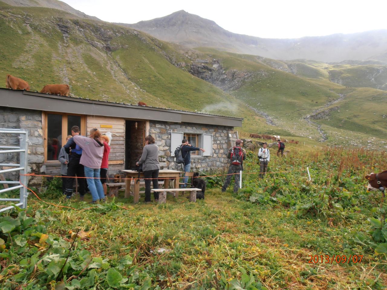Cabane de Chargès. (Ph.M.Hagard).