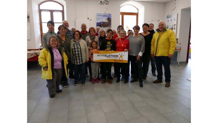 Des représentants de la coordination Téléthon des Hautes-Alpes ont fait une halte à Réotier, ce samedi.